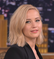 Jennifer Lawrence appeared on 'Jimmy Fallon' wearing her short locks with just the slightest hint of a wave.