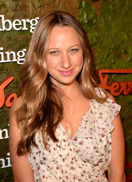 Jennifer Meyer Long Wavy Cut