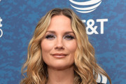 Jennifer Nettles Crop Top