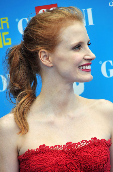 Jessica Chastain Ponytail [hair,hairstyle,beauty,chin,skin,lip,premiere,shoulder,ear,blond,giffoni film festival blue carpet,jessica chastain,giffoni valle piana,italy,giffoni film festival]