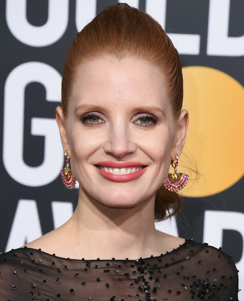 Jessica Chastain Ponytail [hair,face,hairstyle,eyebrow,lip,beauty,skin,chin,smile,ear,arrivals,jessica chastain,the beverly hilton hotel,beverly hills,california,golden globe awards]