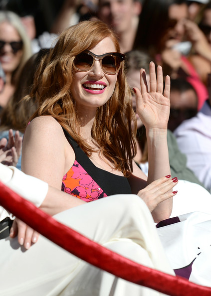 Jessica Chastain Red Nail Polish [eyewear,sunglasses,pink,event,glasses,lip,smile,crowd,vision care,fashion accessory,jessica chastain,matthew mcconaughey,matthew mcconaughey honored on the hollywood walk of fame,hollywood,california,the hollywood walk of fame,ceremony]