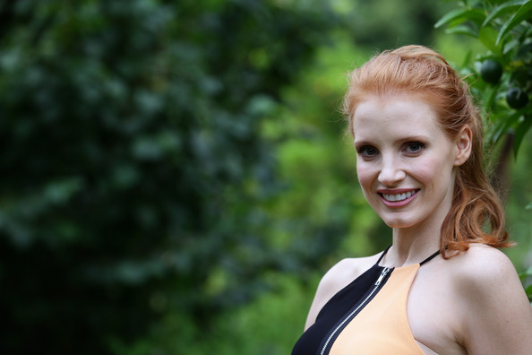 More Pics of Jessica Chastain Cocktail Dress (1 of 31) - Jessica Chastain Lookbook - StyleBistro