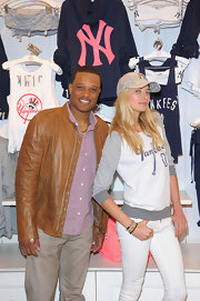 Jessica Hart posed in this Yankees sweatshirt at the Victoria's Secret MLB collection launch.