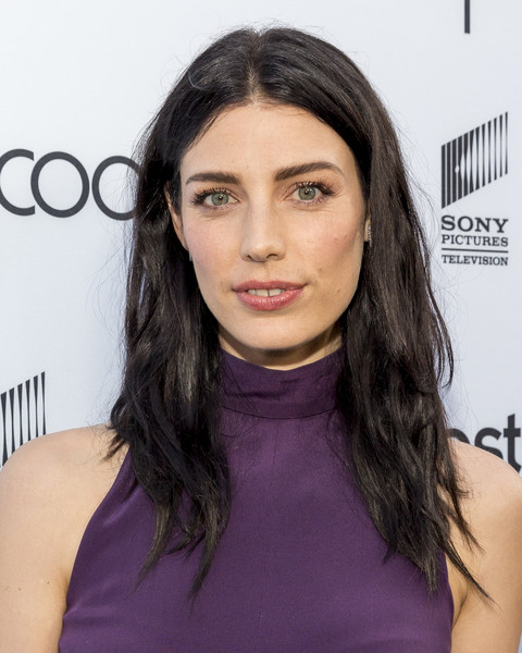 Jessica Pare Long Center Part [the last tycoon,hair,face,hairstyle,eyebrow,shoulder,chin,lip,black hair,beauty,long hair,jessica pare,the interestings,culver city,california,sony pictures television social soiree featuring amazon pilots,sony pictures studios]