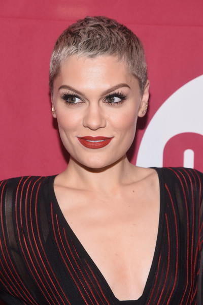 Jessie J Red Lipstick [hair,eyebrow,beauty,hairstyle,human hair color,chin,fashion model,lip,cheek,forehead,jessie j,leaders,progress,ice age,progress,carnegie hall,new york,one campaign,mark world aids day,concert,jessie j,pixie cut,hairstyle,short hair,musician,ice age: collision course,head shaving,artist,model]
