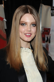 Lindsey's hair was smoothed in to a straight center part for the Jill Stuart fall show.