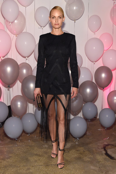 Amber Valletta's strappy black heels worked perfectly with her LBD.