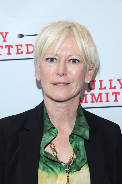 Joanna Coles Short Cut With Bangs [hair,face,blond,hairstyle,chin,forehead,hair coloring,layered hair,official,bangs,joanna coles,curtain call,new york city,lyceum theatre,fully committed,broadway opening night - arrivals]