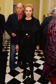 Carolina Herrera looked seriously chic in a black skirt suit at the Joaquin Sorolla and the Glory of Spanish Dress gala.