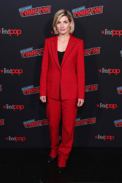 Jodie Whittaker Pantsuit [suit,clothing,red,pantsuit,formal wear,premiere,tuxedo,carpet,outerwear,fictional character,jodie whittaker,new york city,bbc america,new york comic con,doctor who global premiere,doctor who global premiere]