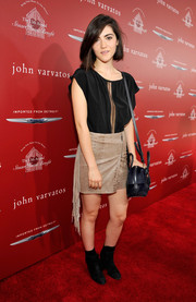 Isabelle Fuhrman kept it breezy in a loose black blouse when she attended the Stuart House Benefit.