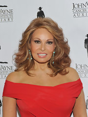 Raquel Welch looked her best with her locks curled and worn down at the John Wayne Cancer Institute's Odyssey Ball.