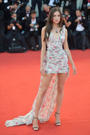 Jacquelyn Jablonski finished off her look with barely-there sandals.