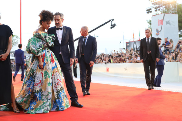 More Pics of Zazie Beetz Off-the-Shoulder Dress (1 of 29) - Dresses & Skirts Lookbook - StyleBistro [red carpet,carpet,event,flooring,premiere,red carpet arrivals,joker,zazie beetz,todd phillips,sala grande,red carpet,venice,italy,76th venice film festival,screening]