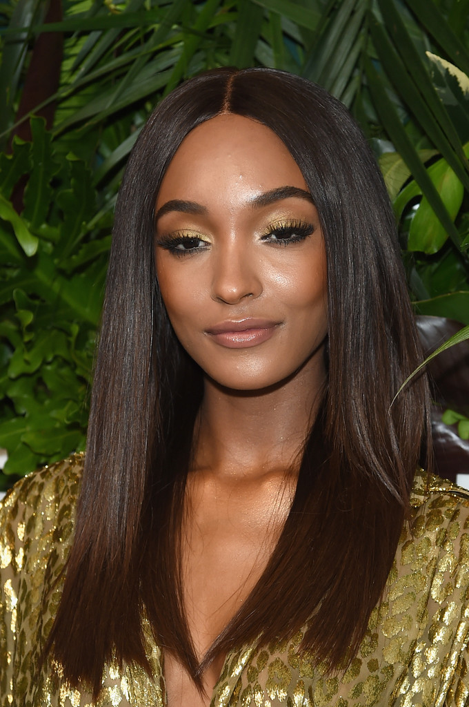 Jourdan Dunn Metallic Eyeshadow Beauty Lookbook