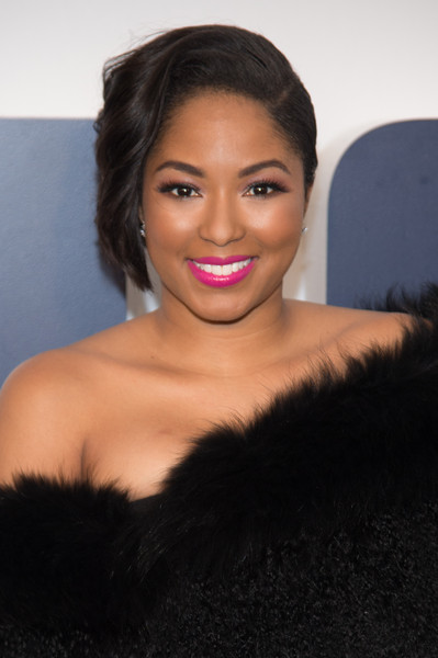 Alicia Quarles rocked an asymmetrical 'do at the New York premiere of 'Joy.'