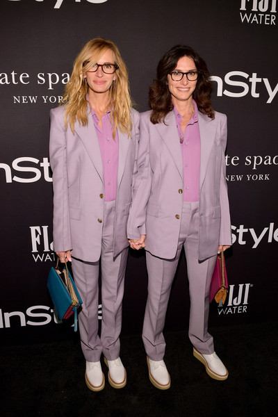 Julia Roberts Leather Purse [red carpet,pink,suit,fashion,premiere,pantsuit,eyewear,outerwear,event,magenta,performance,julia roberts,elizabeth stewart,instyle awards,california,los angeles,the getty center,l]