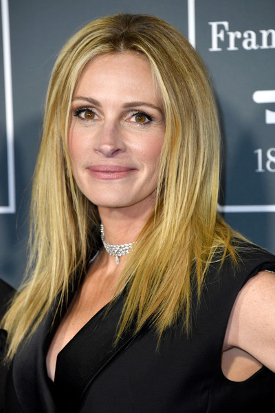 julia roberts hair style layered cut newest looks stylebistro 7586 | Julia Roberts Long Hairstyles Layered Cut gN 7lu5lKdql