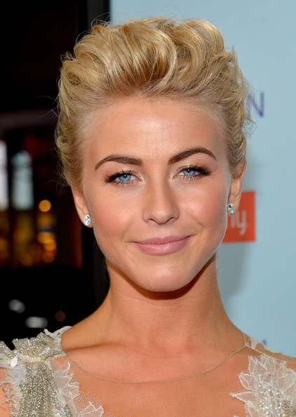 Julianne Hough Metallic Eyeshadow