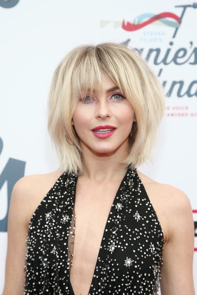 Julianne Hough Bob [hair,face,blond,hairstyle,bob cut,lip,bangs,beauty,layered hair,chin,steven tyler,steven tyler?s second annual grammy awards viewing party,julianne hough,janie?s fund,california,los angeles,live nation,red carpet,raleigh studios,2nd annual grammy awards viewing party to benefit janies fund]