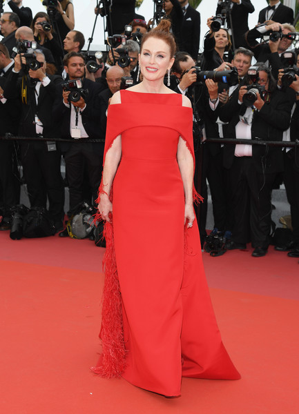 Julianne Moore Evening Dress [fashion model,flooring,carpet,gown,fashion,red carpet,dress,catwalk,shoulder,haute couture,actress,julianne moore,screening,everybody knows todos lo saben opening gala red carpet arrivals - the 71st annual cannes film festival,everybody knows todos lo saben and the opening gala during the 71st annual cannes film festival at palais des festivals on may 8,france,cannes]