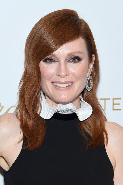 Julianne Moore Long Wavy Cut [after the wedding,hair,face,hairstyle,beauty,chin,eyebrow,lip,forehead,blond,brown hair,screening - arrivals,julianne moore,screeningat,hair,hairstyle,face,beauty,new york,regal essex,julianne moore,after the wedding,actor,new york,television,celebrity,bart freundlich]