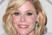 Julie Bowen Short Wavy Cut