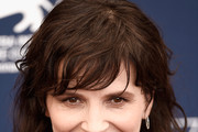 Juliette Binoche Medium Wavy Cut with Bangs