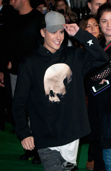 More Pics of Justin Bieber Hoodie (1 of 9) - Tops Lookbook - StyleBistro [jumpers for goalposts,premiere,event,flooring,cap,games,justin bieber,england,london,odeon leicester square,red carpet arrivals,jumpers for goalposts - world premiere]
