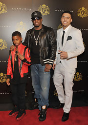 Quincy jones Brown wore a pair of patent leather tuxedo oxfords on the red carpet.