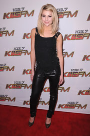 Chesea looked sleek at the Wango Tango concert in a black vintage lace tank with Swarovski beading.