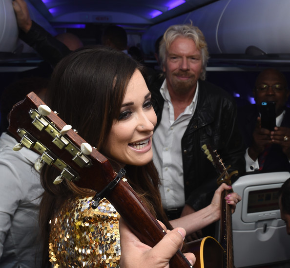 Kacey Musgraves Nose Piercing []