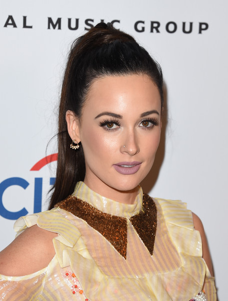 Kacey Musgraves Dangling Diamond Earrings [hair,face,hairstyle,eyebrow,forehead,chin,beauty,lip,skin,fashion,kacey musgraves,grammy,the theatre at the ace hotel,california,los angeles,universal music group,party,arrivals,party]