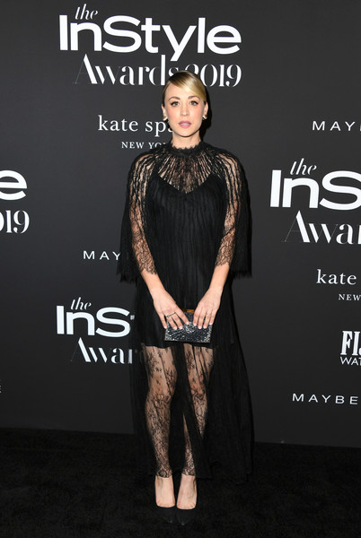 Kaley Cuoco Box Clutch [clothing,fashion,dress,carpet,premiere,little black dress,fashion model,shoulder,red carpet,flooring,arrivals,kaley cuoco,instyle awards,fifth annual instyle awards,the getty center,los angeles,california]