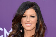 Karen Fairchild Long Wavy Cut