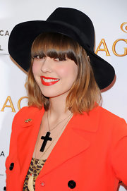 Diane Birch spiced up her look with ravishing red lipstick for the Tribeca film Festival.
