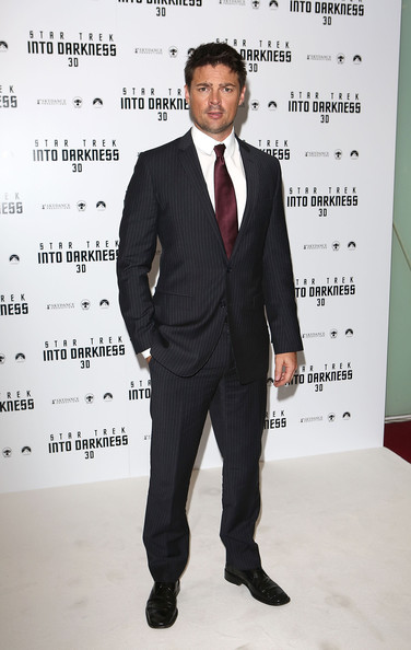 Karl Urban Men's Suit