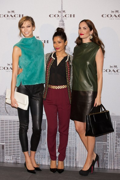 More Pics of Freida Pinto Leather Clutch (1 of 12) - Leather Clutch Lookbook - StyleBistro