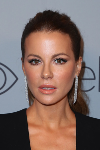 Kate Beckinsale Ponytail [eyebrow,beauty,eyelash,cheek,chin,forehead,hairstyle,fashion model,lip,brown hair,kate beckinsale,beverly hills,california,the beverly hilton hotel,instyle,red carpet,warner bros. 75th annual golden globe awards,warner bros. 75th annual golden globe awards post-party,kate beckinsale,75th golden globe awards,beverly hills,golden globe award,actor,image,celebrity,july 26,photograph]