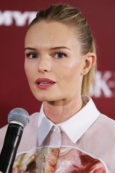 More Pics of Kate Bosworth Shirtdress (4 of 24) - Shirtdress Lookbook - StyleBistro