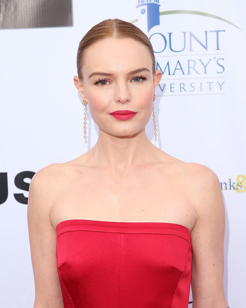 Kate Bosworth Red Lipstick [from slavery to freedom gala,hair,face,shoulder,lip,hairstyle,clothing,dress,strapless dress,beauty,skin,kate bosworth,city market social house,los angeles,california,coalition to abolish slavery and trafficking]