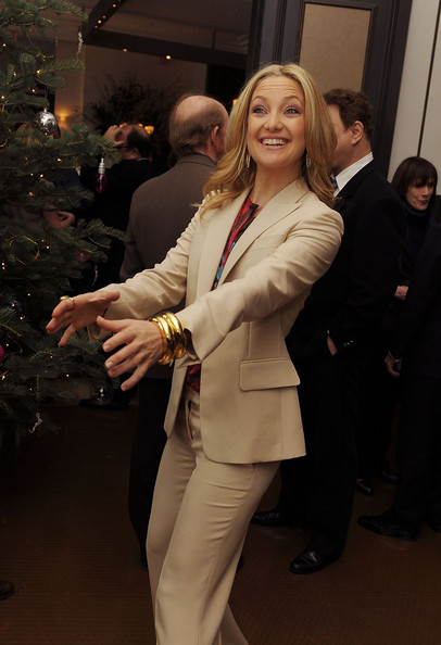Kate Hudson Gold Bracelet [suit,formal wear,fashion,outerwear,pantsuit,blazer,blond,event,tuxedo,jacket,kate hudson,luncheon,per se,new york new york,the weinstein company,nine luncheon]