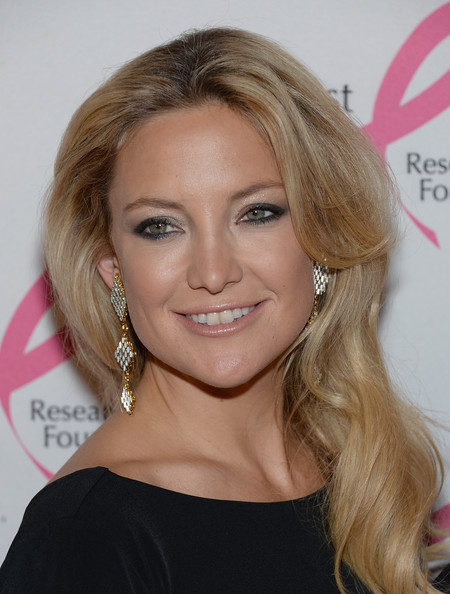 Kate Hudson Geommetric Earrings [hair,eyebrow,blond,beauty,human hair color,hairstyle,chin,layered hair,forehead,long hair,hot pink,arrivals,kate hudson,the waldorf,astoria,new york city,party,hot pink party]