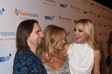 "Kate Hudson Matt Bellamy Goldie Hawn's Inaugural ""Love In For Kids"" Benefiting The Hawn Foundation's MindUp Program Transforming Children's Lives For Greater Success - Red Carpet"