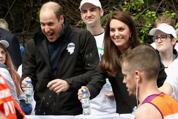 Kate Middleton Prince William The Duke & Duchess of Cambridge and Prince Harry Attend the Virgin Money London Marathon