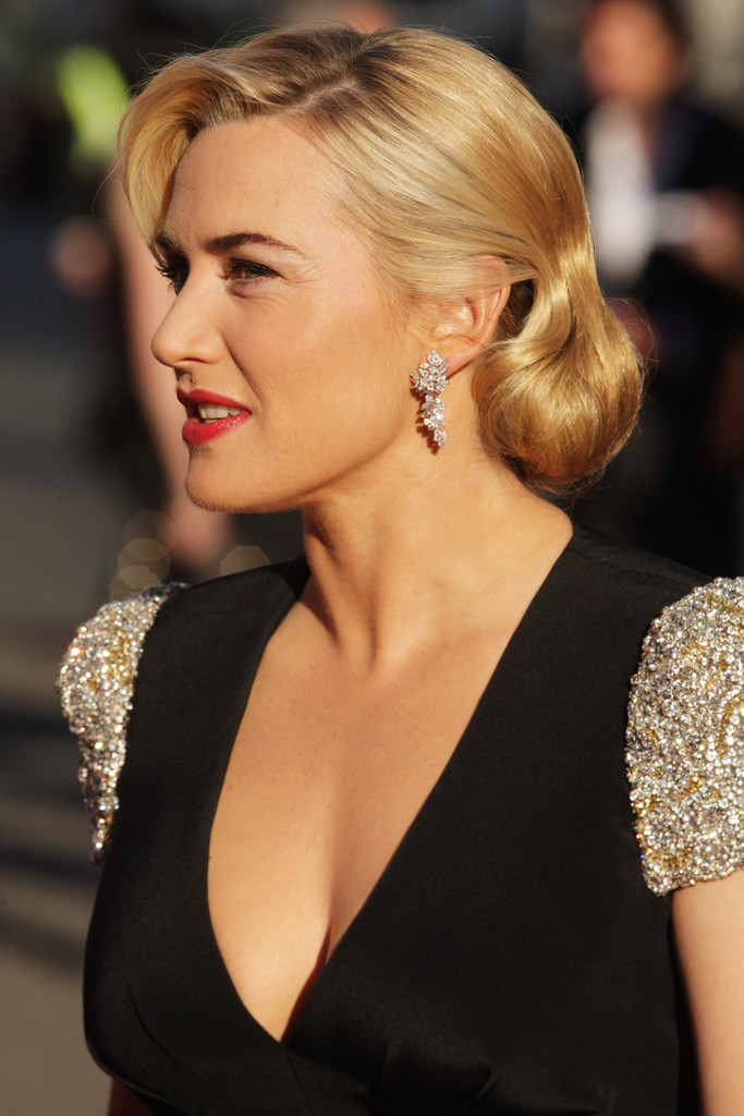 Kate Winslet Attended The Premiere Of Anic Wearing Her Golden Tresses In A Bobby Pinned Updo