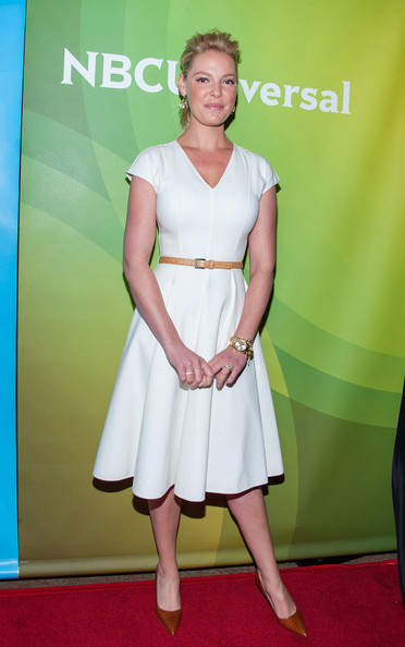 Katherine Heigl Pumps [clothing,red carpet,dress,cocktail dress,carpet,shoulder,premiere,hairstyle,fashion,joint,arrivals,katherine heigl,beverly hills,california,the beverly hilton hotel,nbcuniversal,2014 summer tca,2014 summer tca tour]