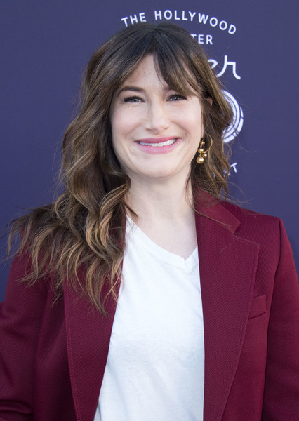Kathryn Hahn Long Wavy Cut with Bangs