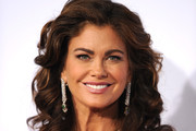 Kathy Ireland Medium Curls